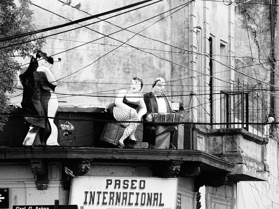 Tango in Buenos Aires Architecture Argentina Black And White Buenos Aires Buenos Aires, Argentina  Dancing Dancing In The Street Outdoors Street Art Tango Tango Dancers Tango Life