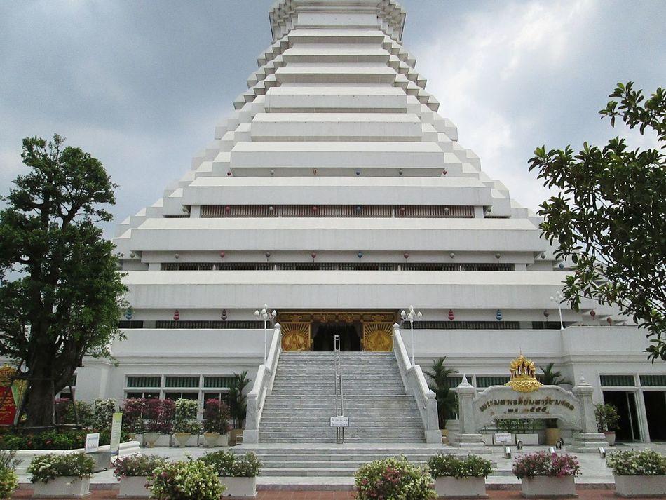 Wat Pak Num,พระมหาเจดีย์มหารัชมงคล, Taking Photos Photo Of The Day.r Urban Sculpture Thailand_allshots EyeEm Thailand .