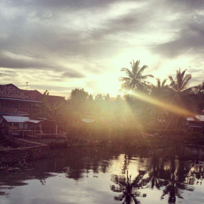 Sunset Village River Dusunku benuang