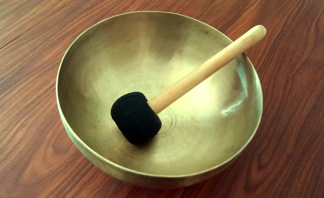 The singing bowl Meditation Sound Pure Sound Mallet Tibetan  Tibetan Instrument Rim Rub Meditative meditative state Vibrations Wavelength Brainwave Relaxing Relaxation