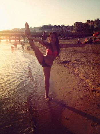 Dance and sea Taking Photos First Eyeem Photo Check This Out Taking Photos