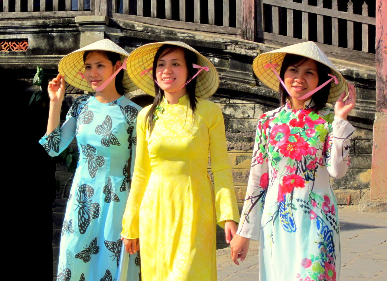AO BW Film Ao Dai Vietnam Beautiful Hoi An Hoi An, Vietnam Non La Non La Vietnam Person Portrait Togetherness Vientnam Vietnam Vietnam Gi Vietnamese Wedding Women Who Inspire You Young Adult Young Women