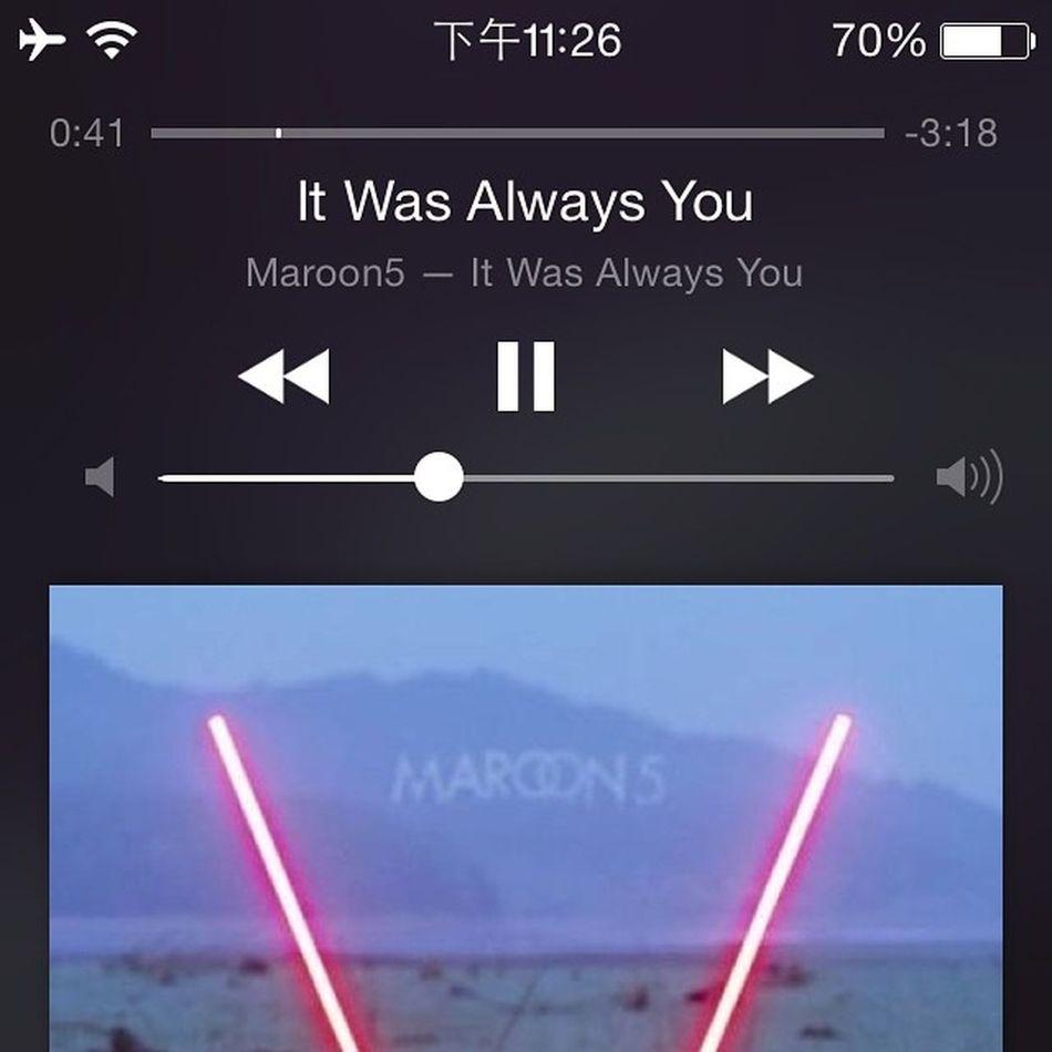 剛剛才看見,很有個性的一首歌,和Maps反差好大,不過感覺還是不錯的,走路聽倍兒帶感Maroon5 V Itwasalwaysyou Hits