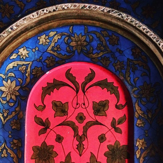 Persian Style The Architect - 2016 EyeEm Awards Eyeemphotography Persian Architechture ArchiTexture Golestan Palace Architectural Detail Colors Tehran Wall Decoration Painting Museum EyeEmBestPics ArtWork Color Palette