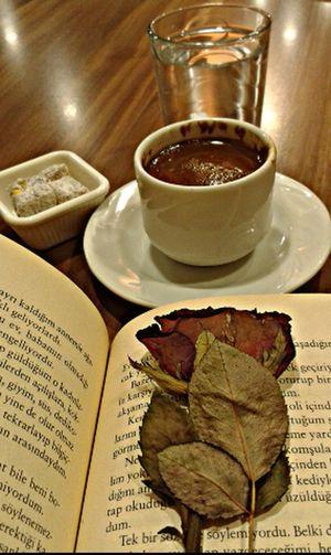 Herşey güzel olacak. Gul Kitap Türk Kahvesi Mutluluk 💕💕💕💕 Ve Huzur Rose🌹 Book Turkish Coffee☕️ Happy :) And Happened
