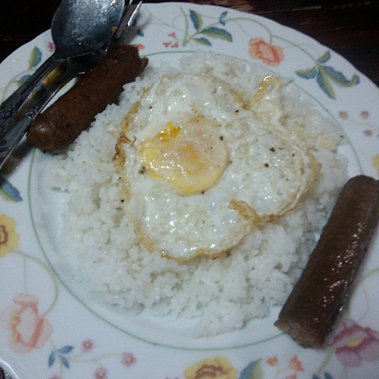 Goodmorning! Don't skip your breakfast guys :) Egg Imbotido