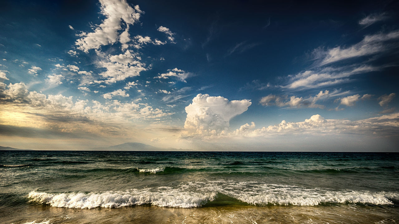A storm will come Eyem Landscape Storm Blue Horizon Over Water Landscape Sea Sea And Sky Storm Cloud Tranquil Scene Turkish