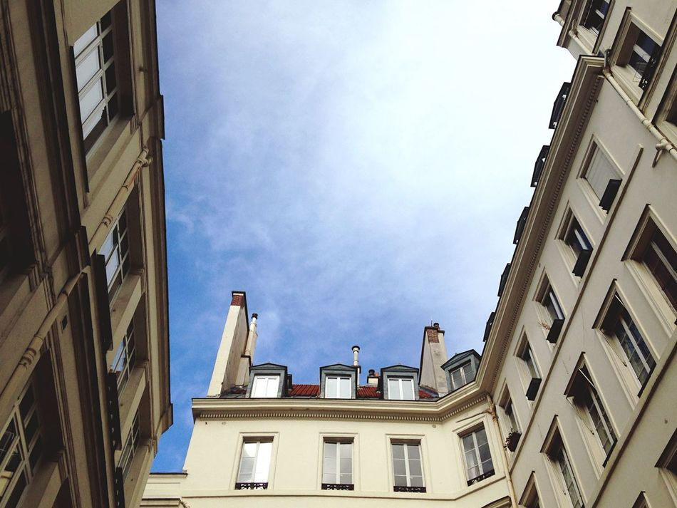 Framed sky for Negative Space