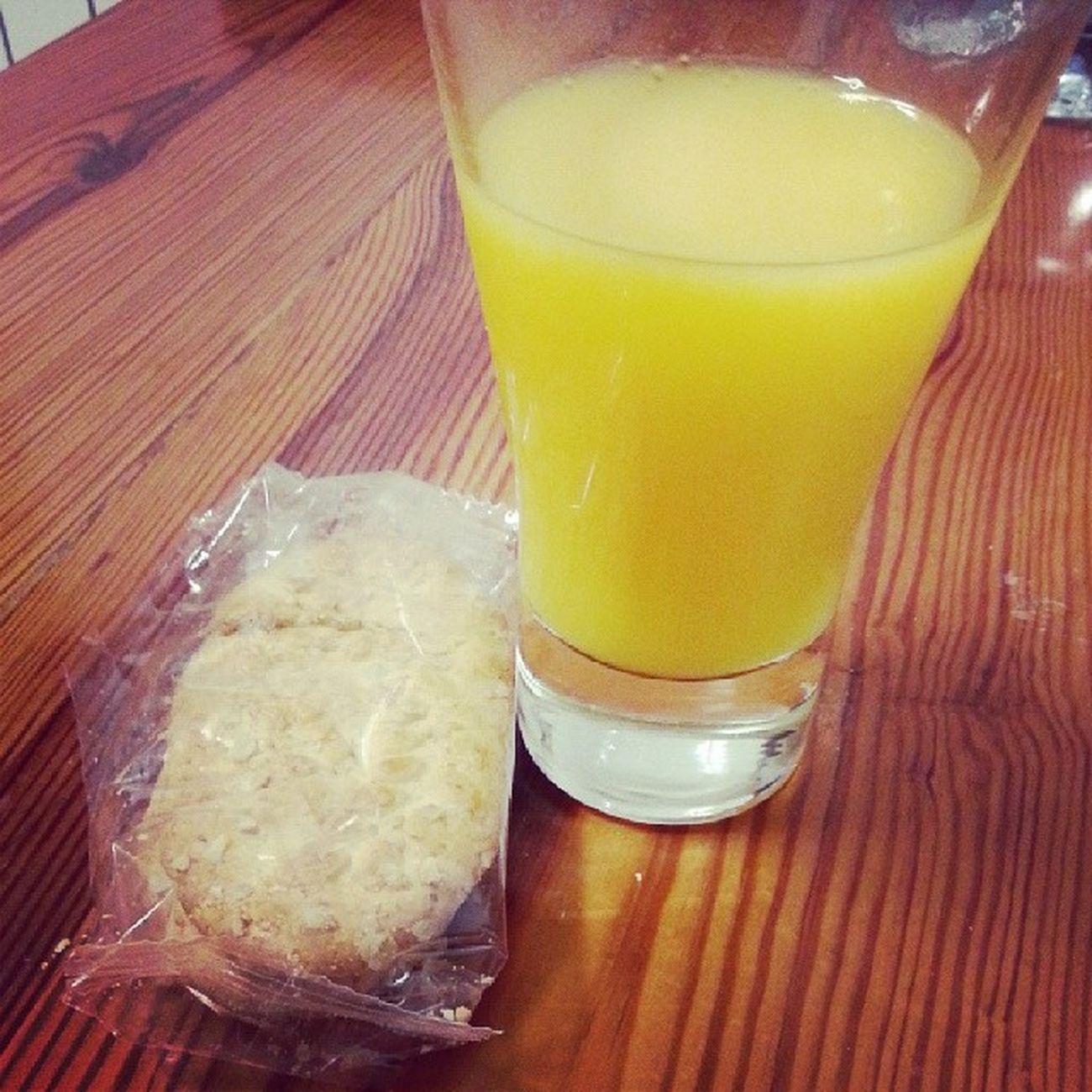 Desayuno Belvita Zumo de Naranja