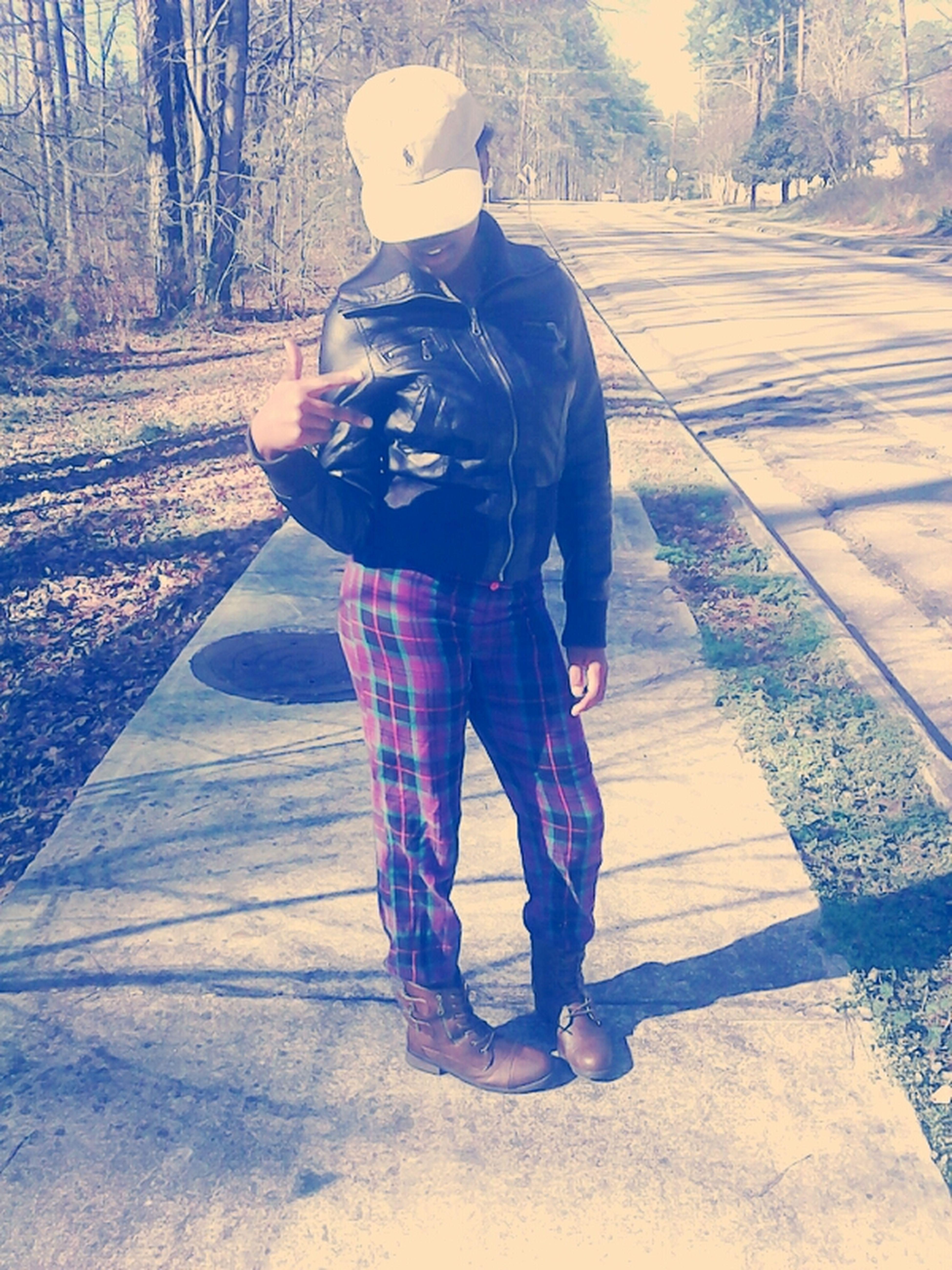lmfaooooooo. my clothes tho<<<<