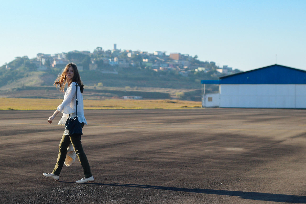 big shadow 50mm Brasil Canon Canonphotography Girl Girl Power People And Places Minas Gerais Minasgerais Portrait Women Around The World