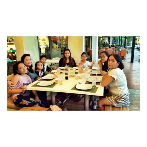 Half of my possession and half of my being. Family dinner with fambam 💓