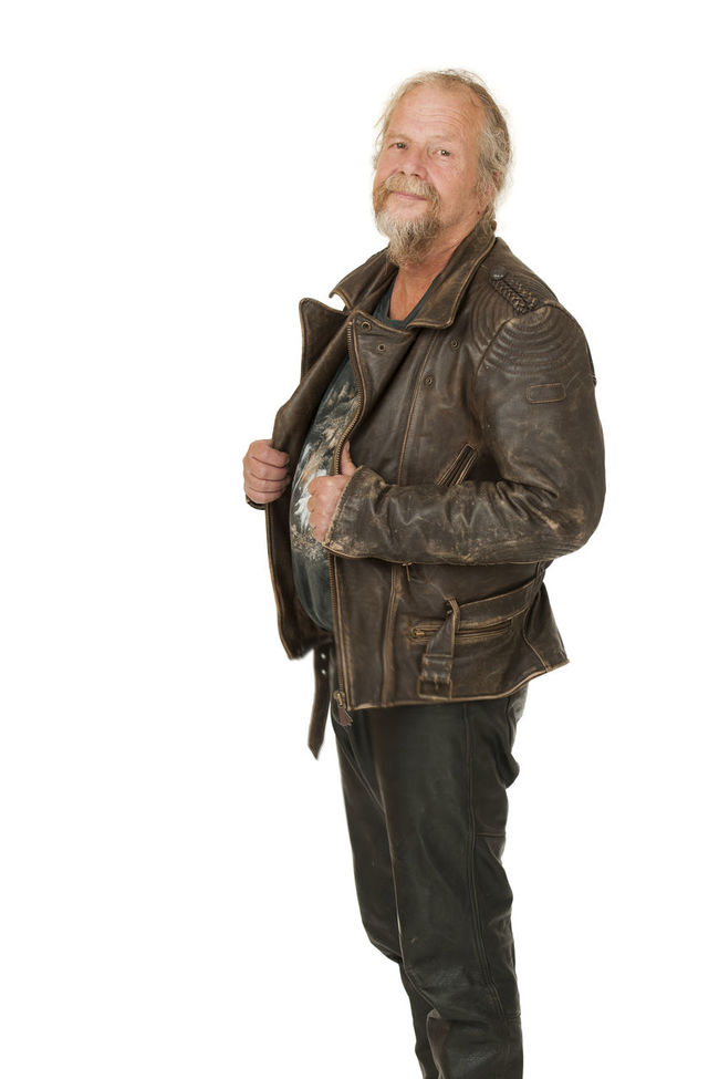 Three quarter body portrait of an older man in leather jacket isolated on white Attitude Casual Clothing Confidence  Copy Space Handsome Leisure Activity Lifestyles Man Mature Adult Person Shoulder Bag Standing Studio Shot Three Quarter Length White Background Young Adult