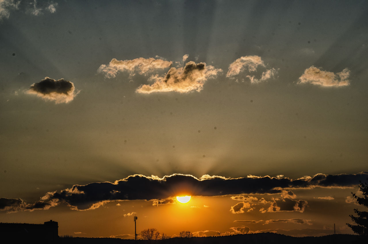 sunset, sky, nature, beauty in nature, no people, cloud - sky, outdoors, tranquility, scenics, day