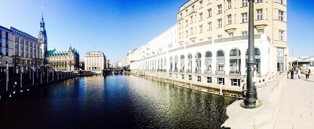 Guten Morgen aus der schönsten Stadt der Welt