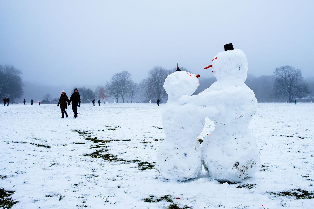 Beautiful stock photos of schneemann, cold temperature, winter, snow, leisure activity