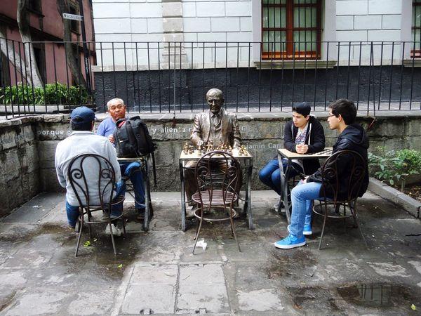 La espera Ajedrez Playing Chess Street Photography People México Distrito Federal