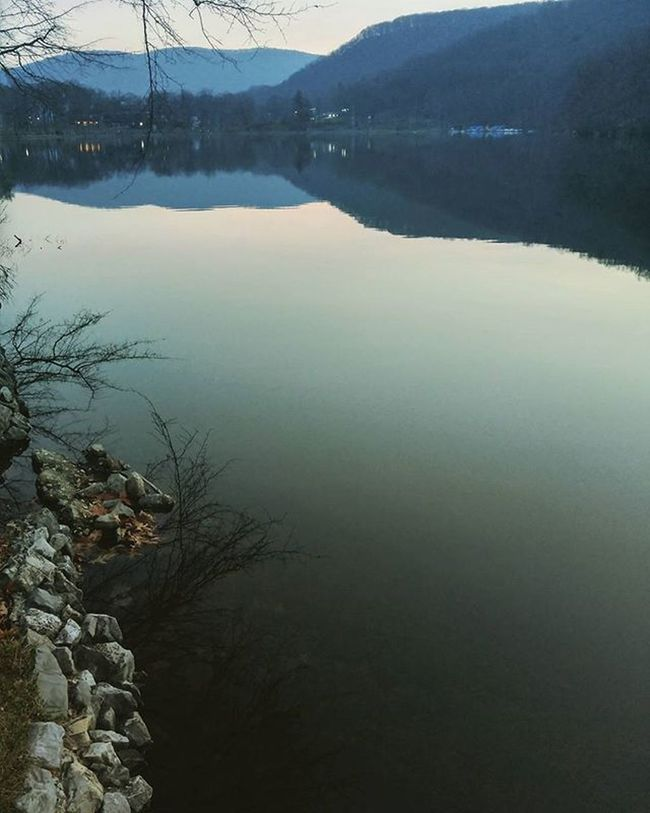 Lake Reflections Bearmountain Sunset Shadowandlight Primeshots