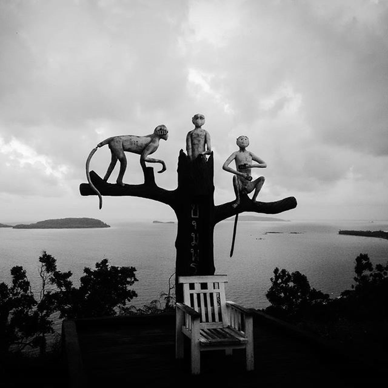 Threemonkeys @ Viewpoint near Hatsairee beach in Paknam Chumphon Thailand ThousandMilesJourney.com ASIA Thailandphoto Statues Travelaroundtheworld Bwphoto Landscapes