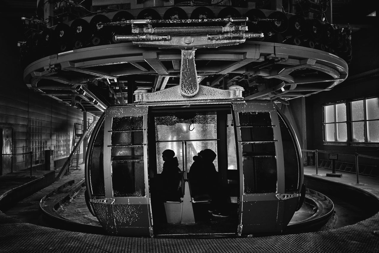 Capture The Moment Snowing Winter Cold Temperature Ropeway Darkness And Light People Silhouette Landscapes Fine Art Nature Black And White Snowstorm Light And Shadow Streetphoto_bw Street Photography Uzu St. Still Life Transportation Day Full Frame Detail Sigma EyeEm Best Shots 17_02