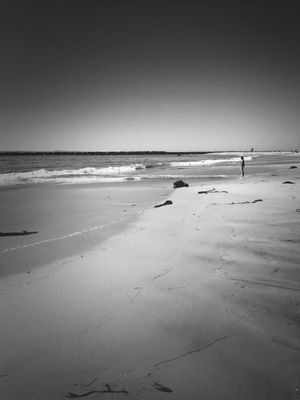 blackandwhite at Corona del Mar State Beach by Mare