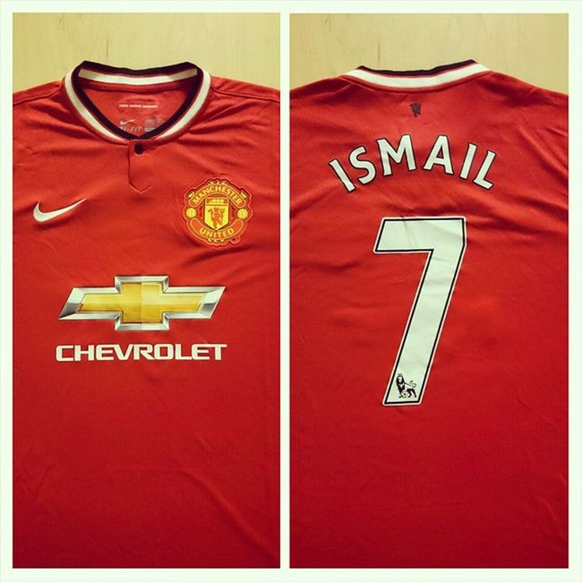 Looks pretty, it's Man united shirt ✌Manchesterunited 7 Ismail