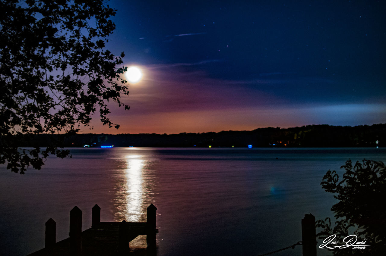 Beauty In Nature Dynamic Uplift Horizon Over Water Luis Daniel Photography Majestic Nature Moon Nature Night Beach Night Sky No People Outdoors Reflection River View Sky Star - Space Tranquil Scene Two Colors Water Done That.