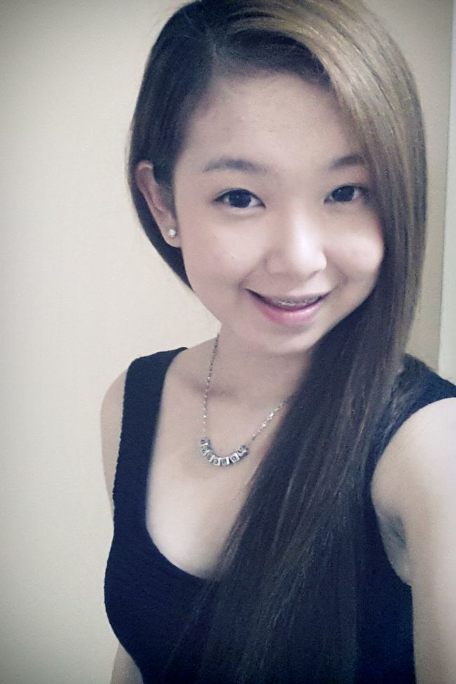it's feel so right when u hug me so tight. I'm Vanessa Photo Diary Malaysian Girls I'm Asian Girl ♥