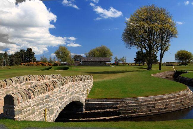 Scotland Carnoustie Golf Course Golf Eye Em Scotland Scottish Links Golf 10th green