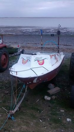 Boat I See Faces Lythamstannes Evening Walk Calm Unfiltered