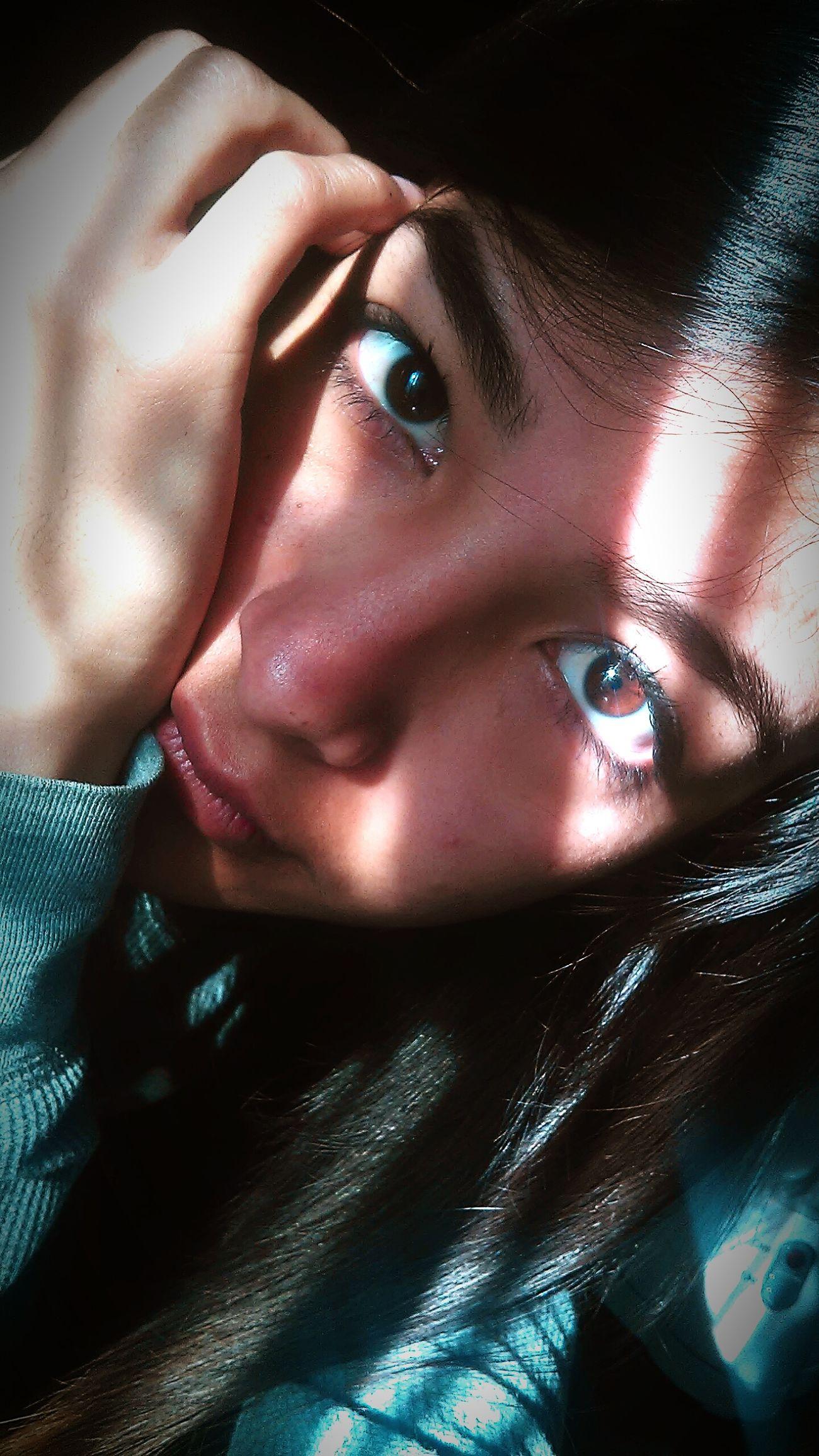 Brown Eyes Human Body Part Beautiful Woman Having A Good Time Hello World Love ♥ Beautiful Eyes