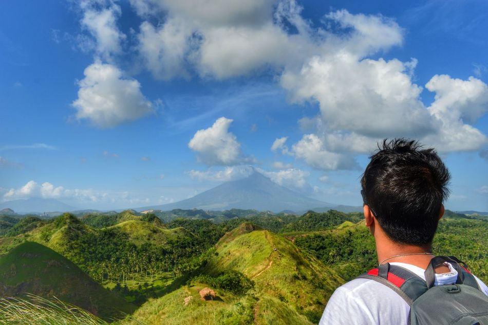 QuitindayGreenHills CamaligAlbay Albay,Philippines Hills Bicol Philippines Adventure Hiking❤ Hiking Trail Hikingadventures Adult One Person Real People People Landscape Day Tree Beauty In Nature Only Men One Man Only Scenics Sky Green Green Green!  Beautyofnature Naturebeauty Beautifulscenery Beautifulscene P