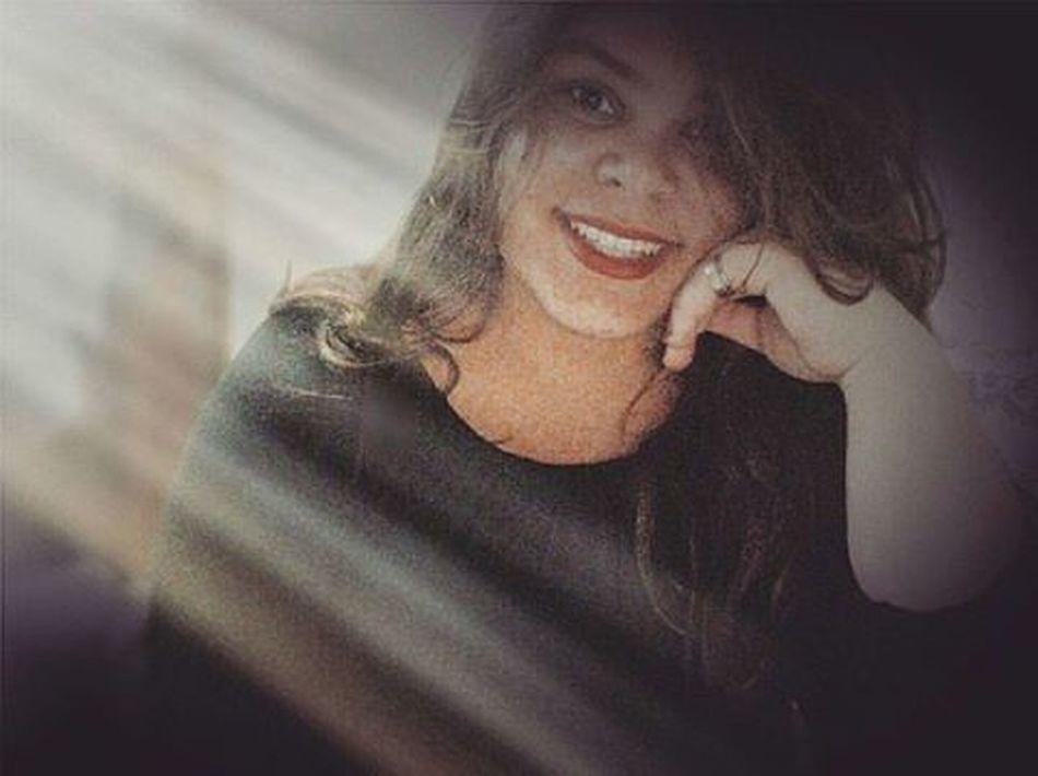 """""""Porque os sorrisos, os sonhos, os sentimentos, o amor, e as esperanças tem que ser regados para florescer. """" 🌷🍁🍁🍁🌿🌱🌱🌈🌈⛅💧💞💞💋💅🏻💅🏻 Goodmorning Quesejadoce Florescendo Poeacaranosol"""