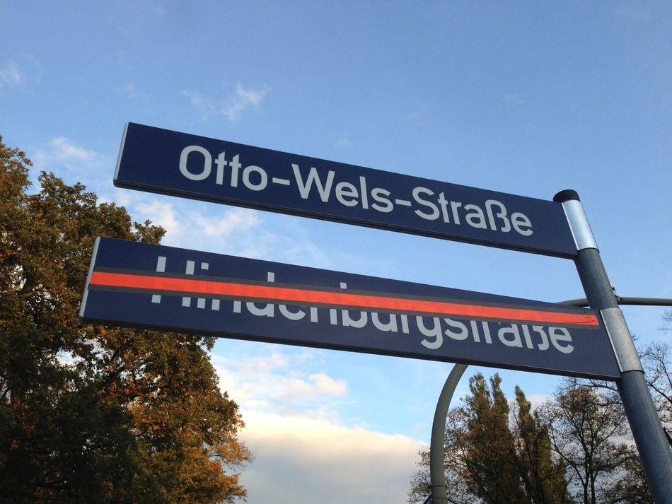 Setting things right Sozialdemokratie Schilder Street Sign