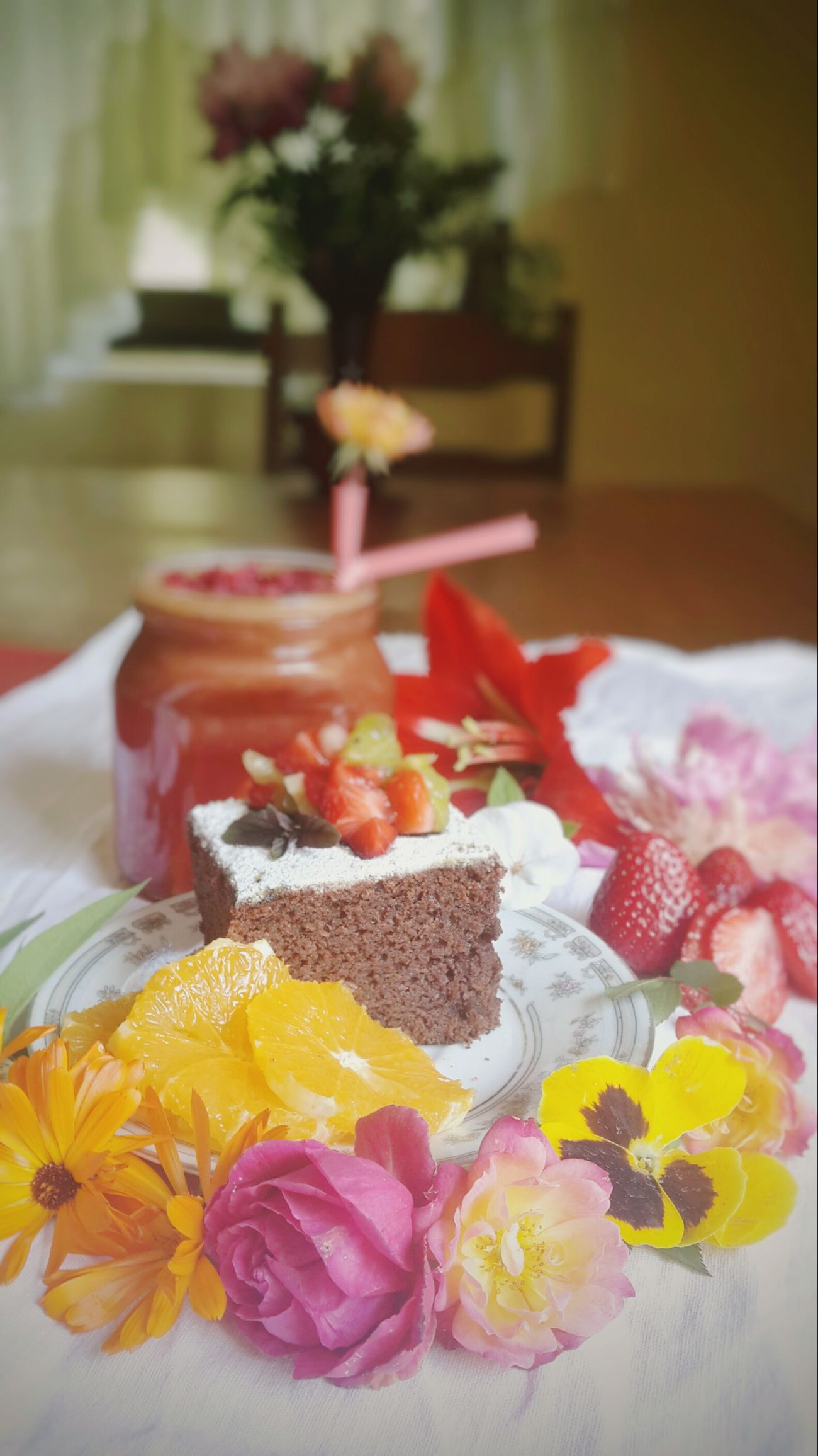 Taking Photos Check This Out Relaxing Enjoying Life Mothers Day Hi! Homemade Art Decor Foodphotography For Mom Strawberry Brownie Smoothie Delicious Raspberry Nom Nom Nom Sweet Beautiful Roses🌹 Love Home Flowers Healthy Breakfast