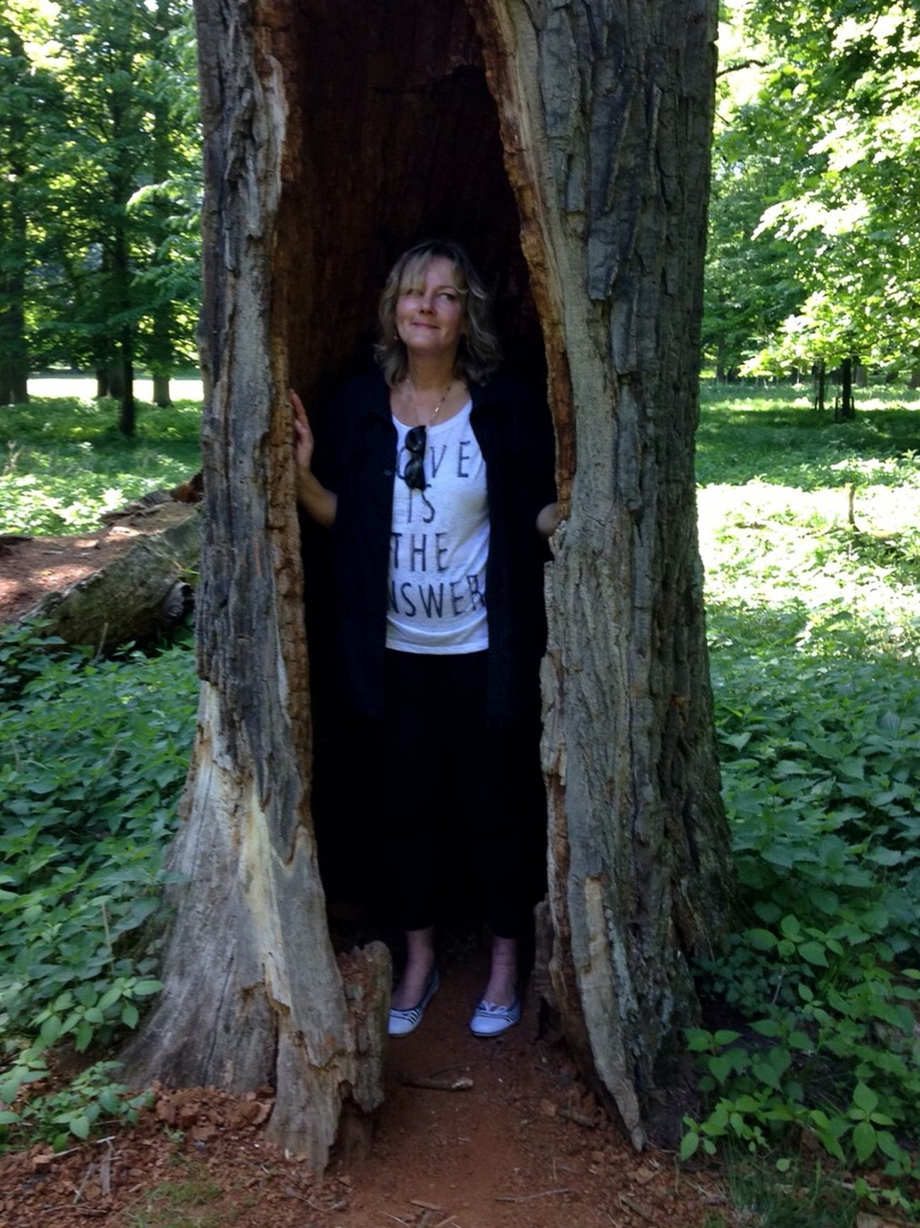 Perfect Moment Memories ❤ Standing In A Hollow Tree For My Friends 😍😘🎁 Enjoyinglife  Express Yourself ❤ Nature Surrounds Me Simple Beauty Love My Life❤ Tranquil Scene Hollowed Tree Treeloverforever Natural Forest Tiergarten Hannover Naturwald