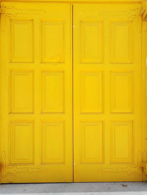 Yellow Color Yellow Window Greecesummer GREECE ♥♥ Kyklades Islands White And Yellow Greek Islands Summer2016 Onlylove Islandlife Walking Around Ageanbreeze