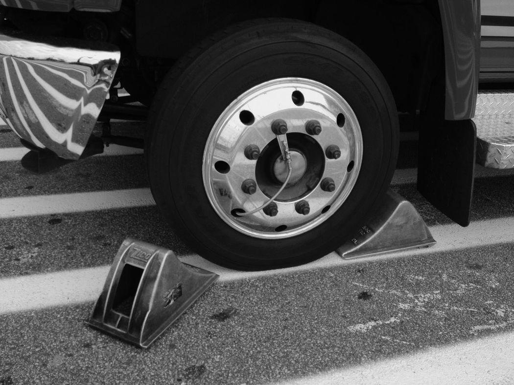 645pro Monochrome Alcoa Cast alloy wheel chocks.