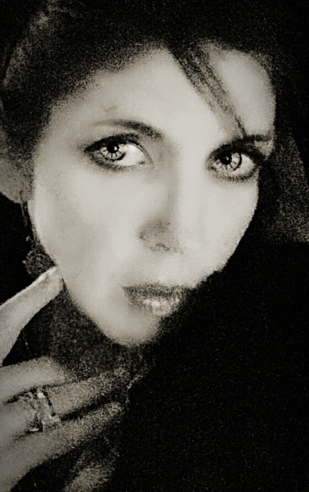 Black And White Collection  Eyes Wide Open Black And White Photography Eyesblue February 2012 Self Portrait River Reagan Photography Taking Photos