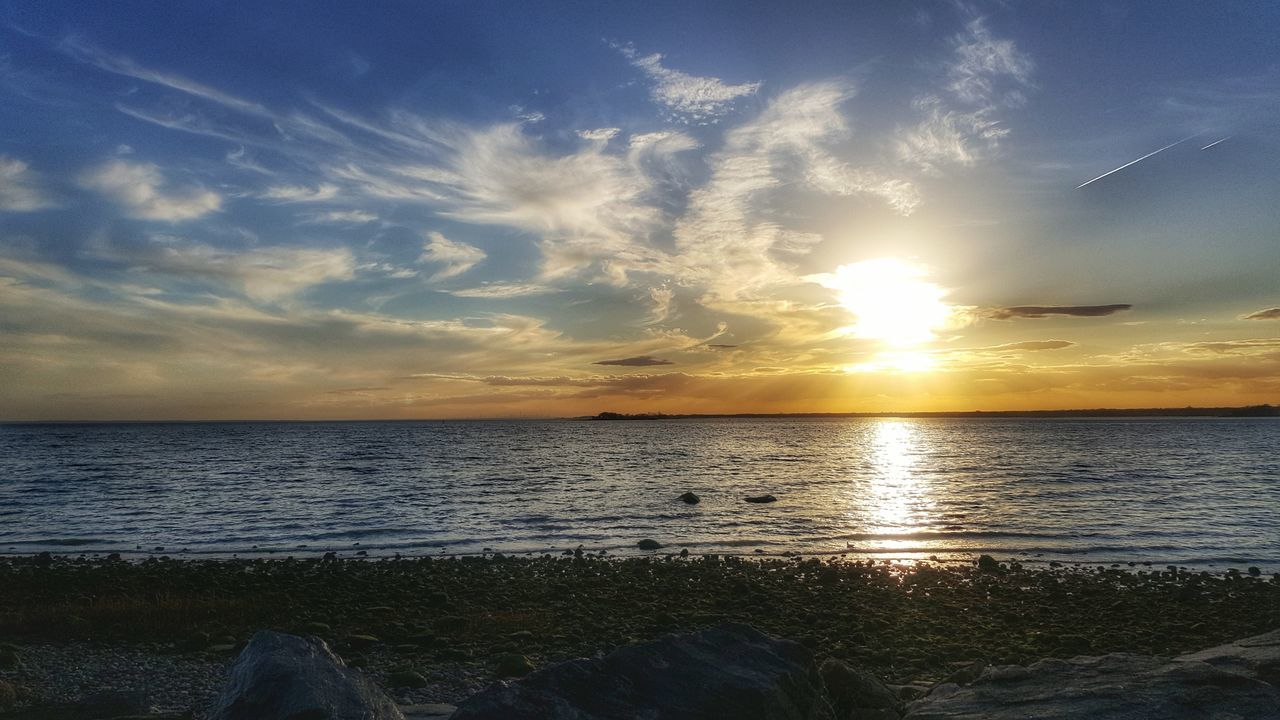 sunset, sea, water, beauty in nature, scenics, nature, tranquil scene, tranquility, horizon over water, sky, beach, idyllic, no people, cloud - sky, outdoors, day