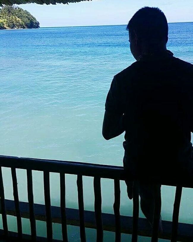 The sublimeness of being alone. Eyeemphillipines Catalyst Nature Untold Stories Seaside