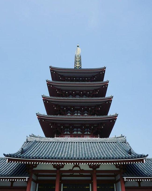 Japan Tokyo Japaneseculture Asakusa Sensoji Temple Bluesky Cool Architecture Team_jp_ Summer 4 Tower 日本 東京 浅草 寺 写真撮ってる人と繋がりたい