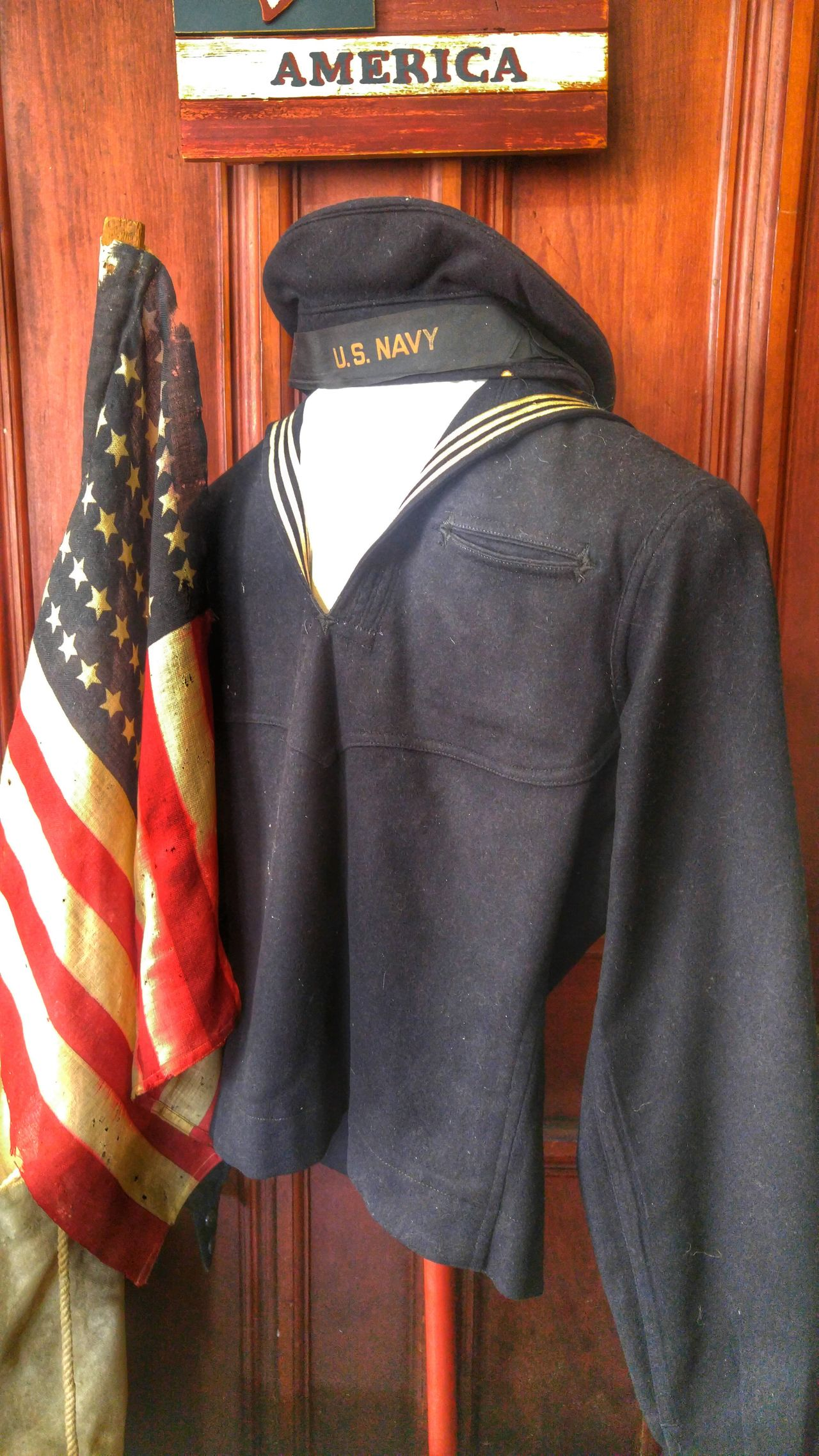 World war 1 Naval Uniform and US flag with on 48 stars Men Uniform Naval Uniform American Flag 48 Stars Historical Florida Baker House Armed Forces Pride Service History US Navy Ww1 Worldwar1