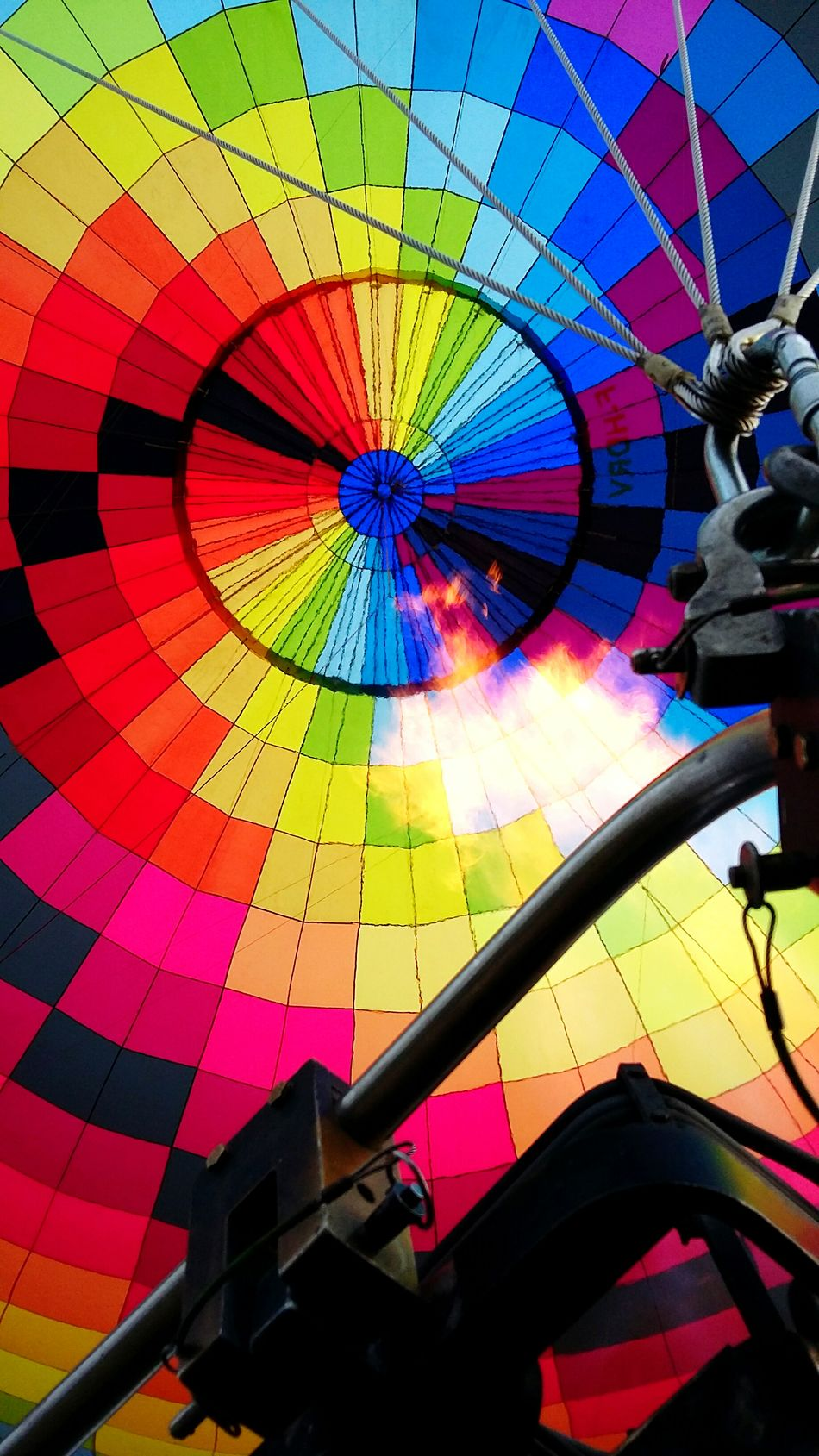 So many beautiful colors Hot Air Ballooning Colorful EyeEm Best Shots EyeEm Gallery Check This Out Hello World Happiness Burner Montgolfière  Open Edit