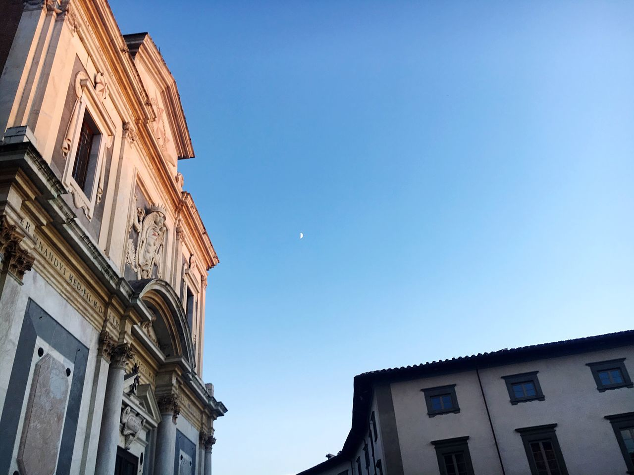 La prima stella della sera Clear Sky Low Angle View Architecture Pisa Stargazing Skylovers Outdoors No People Blue Day