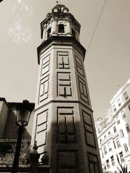 Architecture Tower Building Exterior History Clock Clock Tower Low Angle View Built Structure Travel Destinations Sky Time Day Clock Face Outdoors No People City Politics And Government
