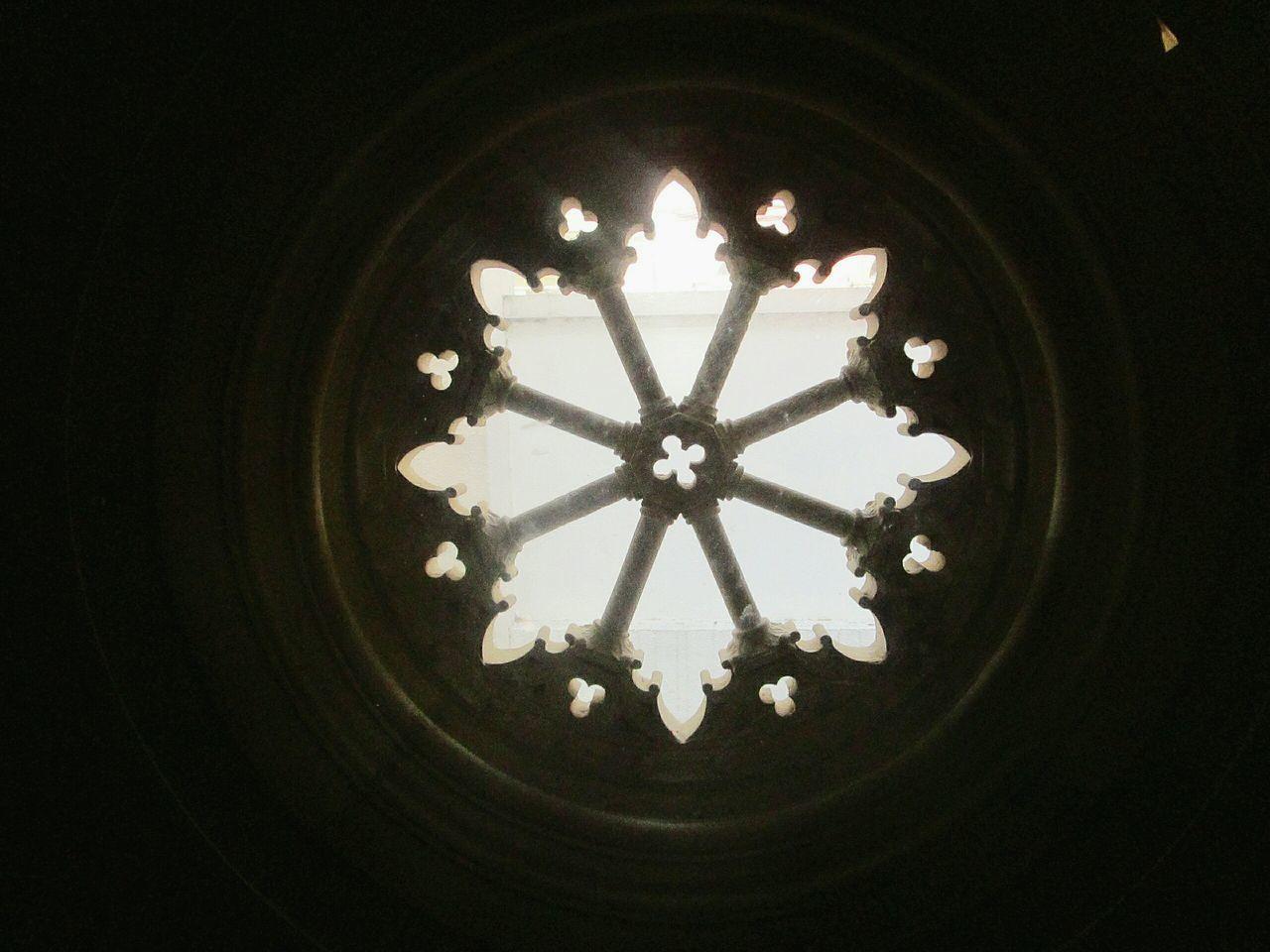 Window Circle Circular Window Circular Architecture Light Art Indoors  Built Structure No People Darkness And Light Dark Getting Inspired Circular Shape Taking Photos