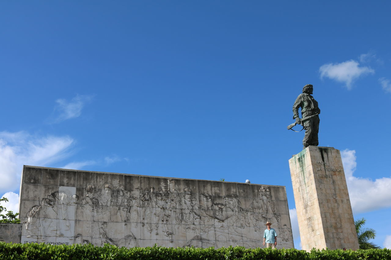 Cuba, Santa Clara, Che Architecture Blue Che Che Guevara Cuba Day History Memorial Monument Monuments No People Outdoors Santa Clara Sculpture Sky Statue Travel Destinations Neighborhood Map
