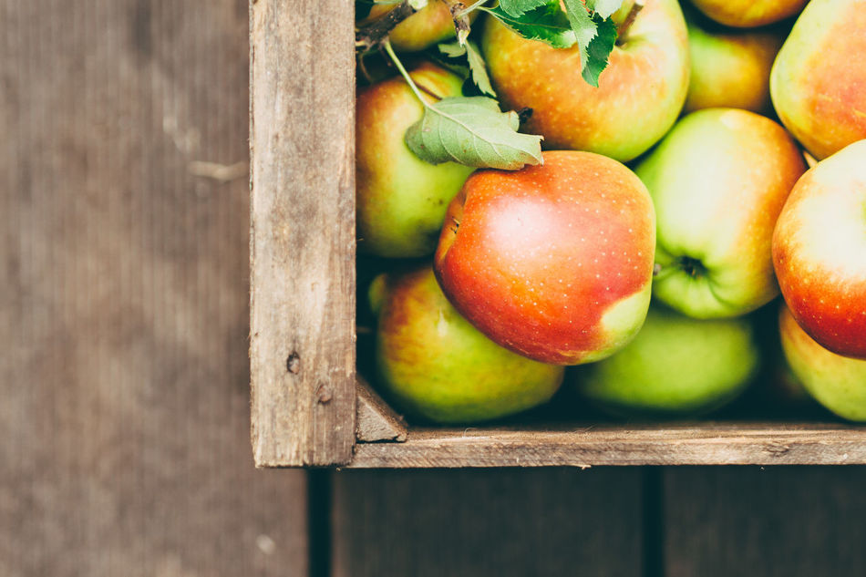 Beautiful stock photos of apple, Agriculture, Apple - Fruit, Crate, Day