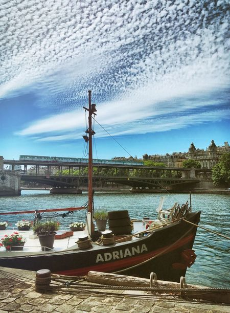 Boat Nautical Vessel Mode Of Transport Outdoors Bir-hakeim  Transportation River Bridge Cloud - Sky Metro Paris Metro Paris Paris, France